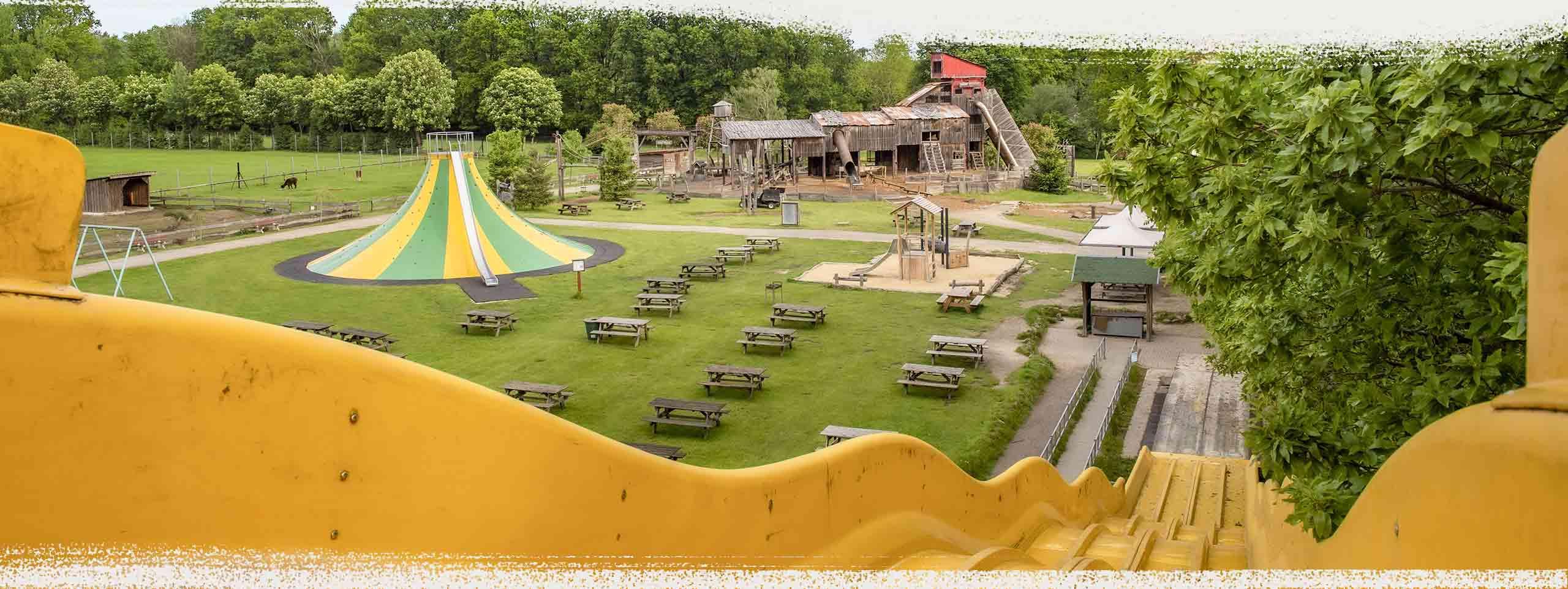 Riesenwasserrutsche, Erlebnis Spielplatz